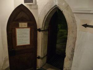 Kostol sv. Olafa - Vstup do veže