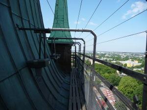 Výhľad z veže Kostola sv. Olafa - Vyhliadka je trošku úzka