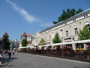 Ulička Viru a brána Viru Väravad
