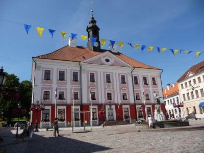 Centrum mesta - Radničné námestie - Radnica