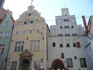 Uličky Rigy - Tzv. Traja bratia - Najstaršie zachované obytné domy v meste