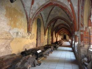 Rižská katedrála - Dvor (ambit)