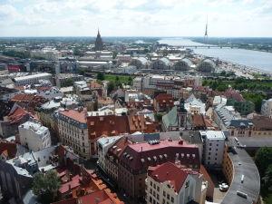 Chrám sv. Petra - Výhľad na Rigu - V pozadí televízna veža, najvyššia stavba v Pobaltí