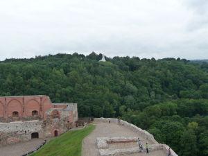 Pohľad na Tri kríže z Gediminasovej veže