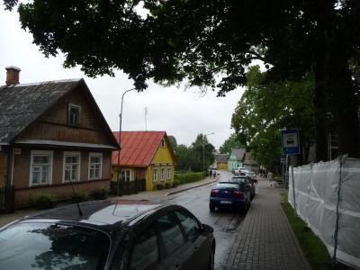 Farebné drevené domčeky