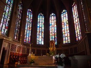 Katedrála Notre-Dame - Hlavný oltár - Zázračna sošky Madonny