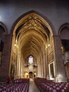 Katedrála Notre-Dame - Hlavná loď