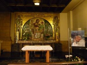 Katedrála Notre-Dame - Kaplnka venovaná sv. Jozefovi a Jánovi Pavlovi II.