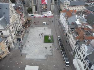 Pohľad zo zvonice na Námestie Emila Brauna