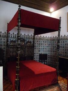 Kráľovská posteľ
