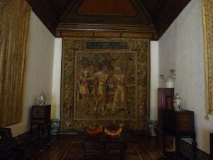V paláci sa nachádza taktiež množstvo tapisérií