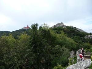 Hradby a v diaľke palác Pena