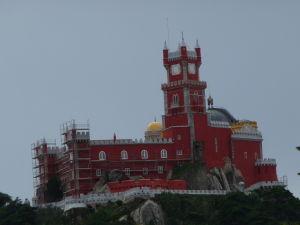 Palác Pena (priblížený pohľad z Maurského hradu)