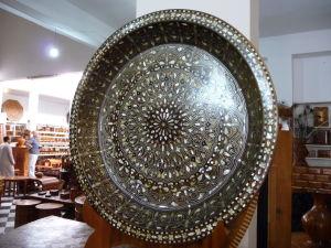 Essaouira - k dispozícii sú napríklad vykladané výrobky