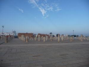 Tieto stĺpy mali byť pôvodne najväčšou mešitou na svete