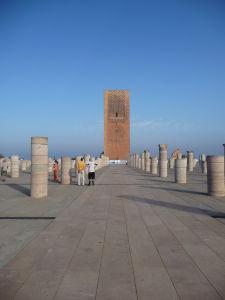 Pozostatky plánovanej najväčšej mešity na svete a najvyššieho minaretu na svete (dnes zvaného Hassanova veža)