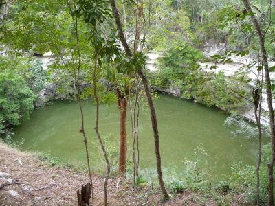 Posvätné jazierko cenote