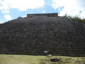 Veľká pyramída (La Gran Pirámide)