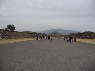 Ulica mŕtvych, Mesačná pyramída a Cerro Gordo