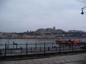 Výhľad z Pešte na Budínsky hrad