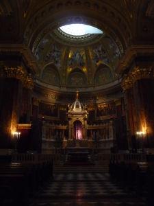 Bazilika sv. Štefana - Hlavný oltár