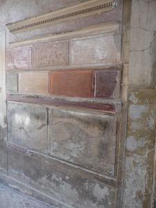 Príklad maľby typickej pre 1. štýl - Imitácia farebného mramoru