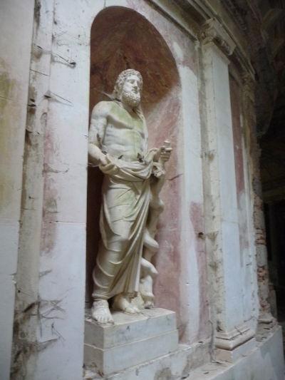 Herkules v botanickej záhrade kráľovského paláca Reggia di Caserta