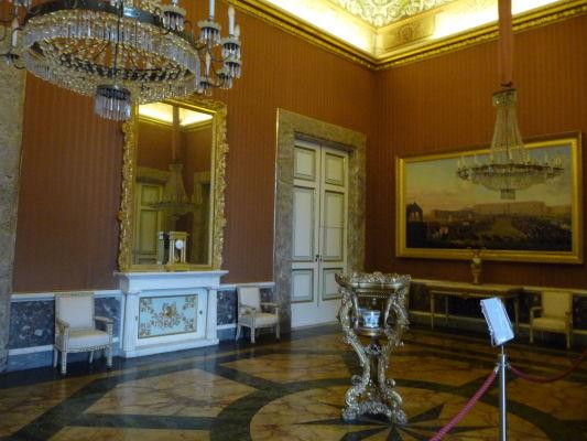 Jedna z miestností v kráľovskom paláci Reggia di Caserta