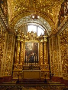 Interiéry Katedrály sv. Jána - Jedna z bočných kaplniek