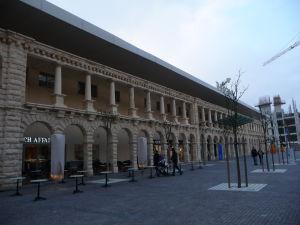 Obchodné centrum v Slieme