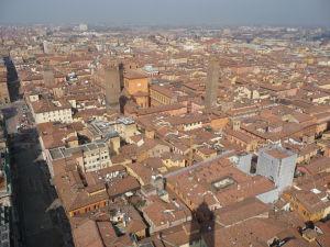 Pohľad z vyššej veže Asinelli