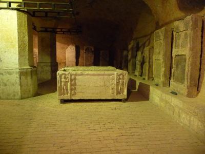 Rímske sarkofágy a náhrobné kamene