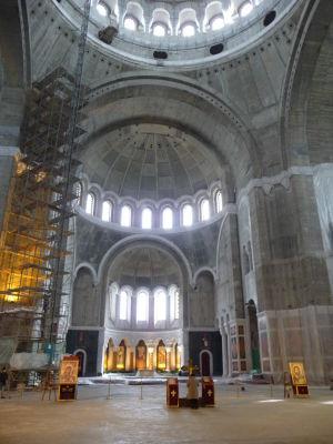 Chrám sv. Sávu - Nedokončený interiér