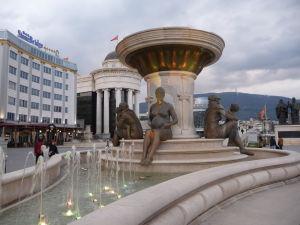 Sochy v Skopje - Reprezentujú stelesnenie štedrosti