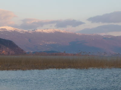 Ohridské jazero a balkánske hory