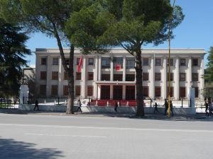 Prezidentský palác v Tirane