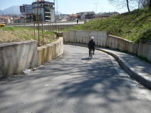 V uliciach Tirany