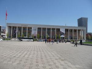 Operné a baletné divadlo v Tirane