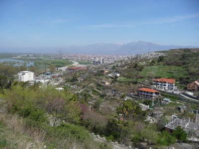 Výhľad z pevnosti na mesto Skadar