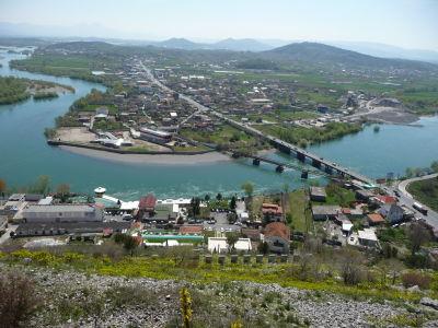 Výhľad z pevnosti na rieku Buna