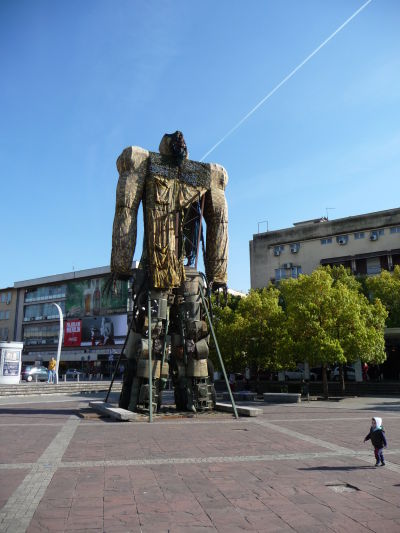 Jeden z transformerov v Podgorici na Námestí nezávislosti