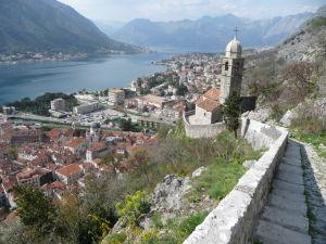 Kostol Panny Márie na kopci nad mestom