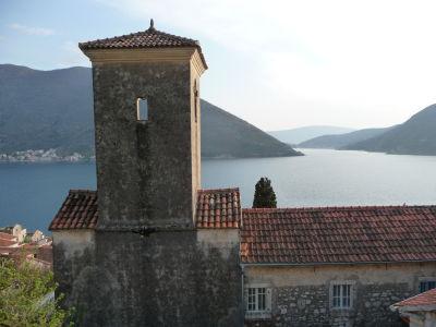 Kostol v Perasti a Kotorský záliv