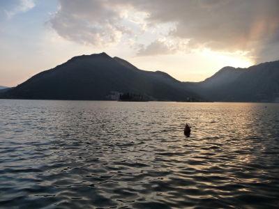 Západ Slnka nad Kotorským zálivom