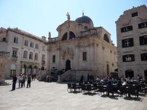 Chrám sv. Blažeja na námestí Luža