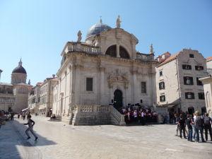 Barokový Chrám sv. Blažeja (vľavo veža katedrály)