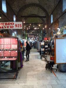 Tržnica Gazi Husrev-begov