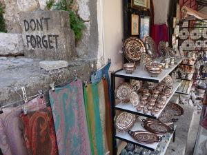 Predaj suvenírov v Starom meste