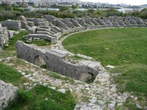 Zvyšky rímskeho amfiteátra z 2. storočia