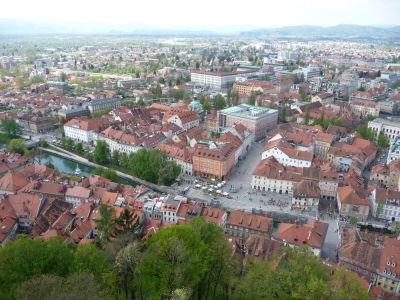 Výhľad na Ľubľanu z hradu